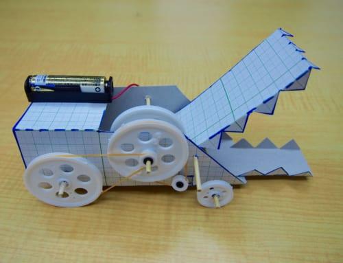【ロボット教室日誌】那覇校 ベーシックコース−12月 Challenge「プーリーでワニロボットを作ろう!」